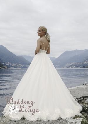 Wedding dress №711