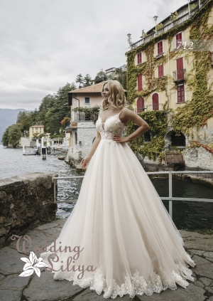 Wedding dress №712