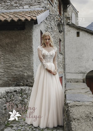 Wedding dress №723