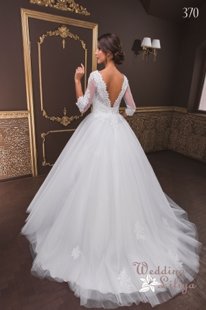 Wedding dress №370