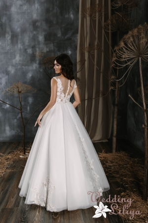 Wedding dress №576