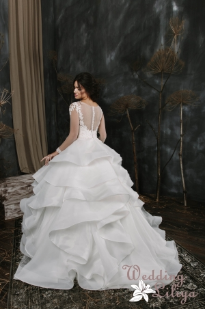 Wedding dress №579