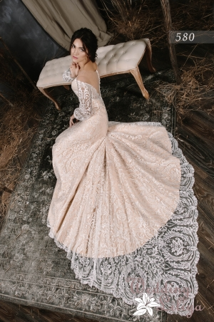 Wedding dress №580