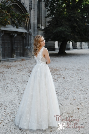 Wedding dress №651