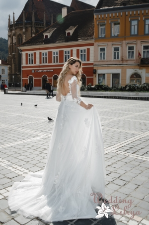Wedding dress №654