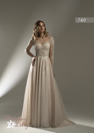 Wedding dress №740