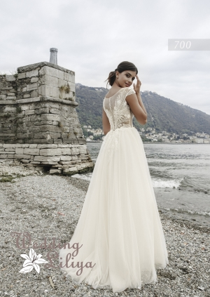 Wedding dress №700
