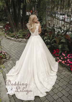 Wedding dress №707