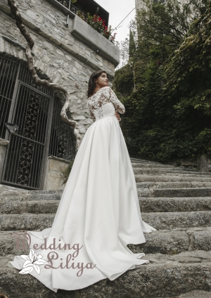 Wedding dress №689