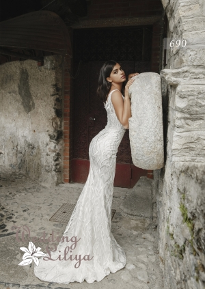 Wedding dress №690