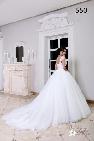 Wedding dress №550