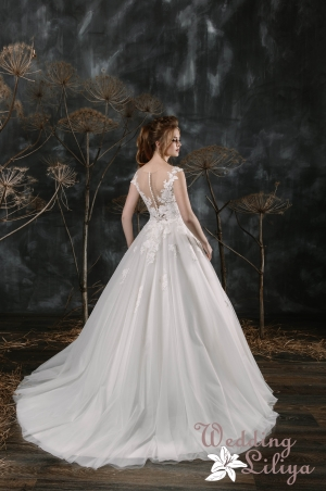 Wedding dress №587