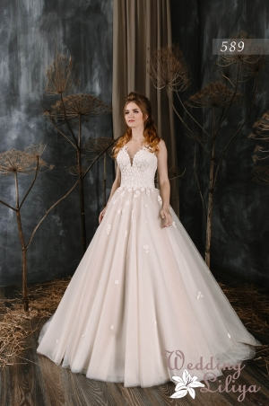 Wedding dress №589