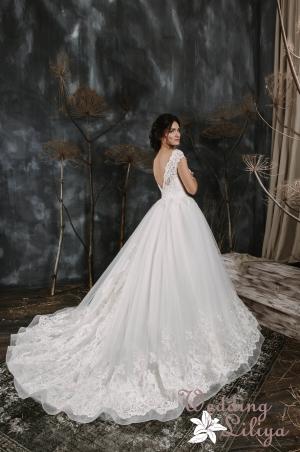 Wedding dress №600