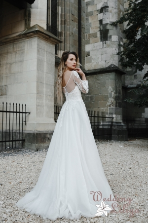Wedding dress №653