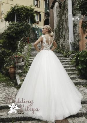Wedding dress №695