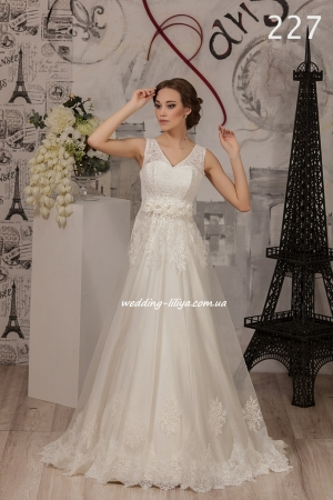 Wedding dress №227